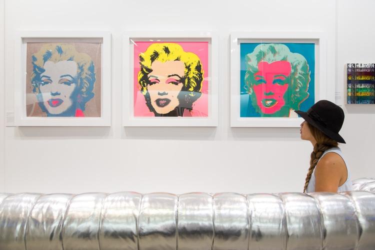 Blogger Warhol Marilyns