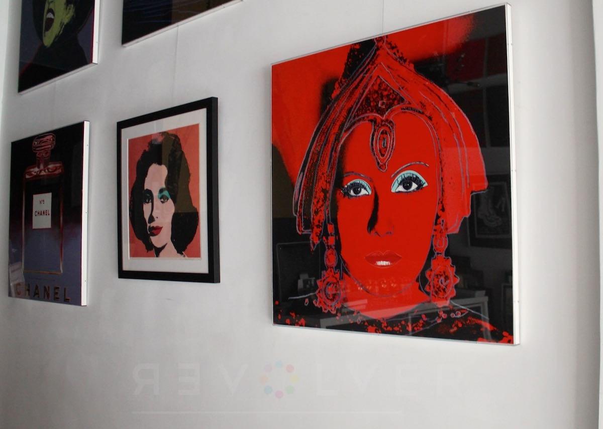 Andy Warhol - The Star F.S. II 258 hanging jpg
